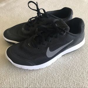 Nike Black Womens Running Shoes - Like New - Sz 8